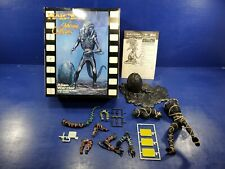 Halcyon movie Classic Alien Warrior With Egg 1:9 Plastic Model Kit  042519DBT2
