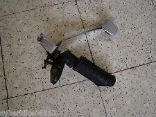SUZUKI GZ 125 MARAUDER - 2001 - PEDALE DE FREIN ARRIERE + CALE PIED AVANT DROIT