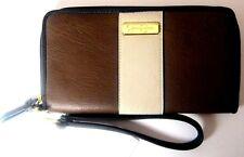 Jessica Simpson Emmy Zip Around Wallet Wristlet JS10921 $45 New