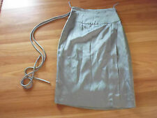 LADIES GORGEOUS GREY SHINEY LINED STRAIGHT SKIRT BY WAYNE COOPER - SIZE 1 - 8/10
