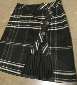 Cue Skirt 8