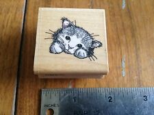 """""""PEEKING KITTY""""  *RETIRED RUBBER STAMP * CUTE* RUBBER STAMPEDE INC ."""