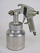 Campbell Hausfeld DH-4437 Paint Sprayer & Canister