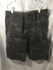 Abercrombie & Fitch, Men Classic Cargo shorts, size 30, NEW WITH TAG,(V701)