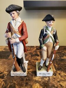 Pair Of Porcelain Revolutionary War Figurines 2nd Connecticut & 3rd New York