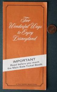 1970 Anaheim California Walt Disneyland Summer Calendar Events Brochure-VINTAGE!