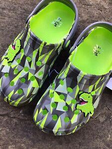 **Boy's Croc Style Clogs Shoes Size 1-2 - Dinosaur Crocs - Brand New - TU**