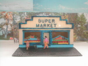 HO scale building Store Super Market detailed painted