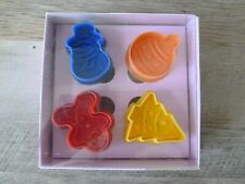4Pcs Christmas Cookie Biscuit Plunger Cutter Mold, New in package - FreeShipping