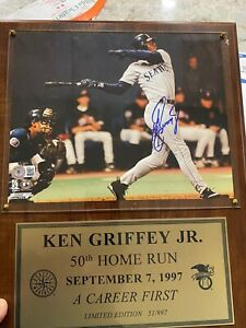 KEN GRIFFEY JR. AUTOGRAPHED SIGNED PHOTO MARINERS 50TH HOME RUN HOF 51/1997