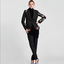 NWT $90 US ZARA WOMAN Size Small Black Pinstriped Blazer With Floral Embroidery