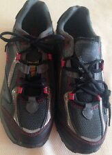 Shoes mens size 8.5 EUR 42 athletic new man made materials Everlast Sport black