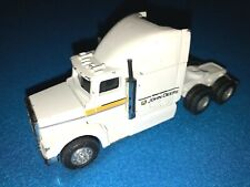 John Deere Ertl Hauler Semi White Toy Truck Big Rig 5 inches long 37382