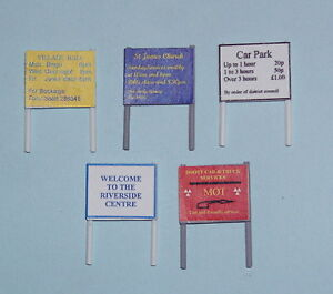 P&D Marsh OO Gauge Z22 Notice Boards (2) PAINTED & finished