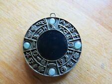 J'Adore Jewellery Amulet Pendant Necklace White Jade Stone craft necklace 4 cm