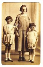 Nostalgia Postcard Mother & Children c1920 Fashion Haircuts Repro Card NS45