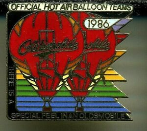 1986 Oldsmobile Official Hot Air Balloon Teams Pin