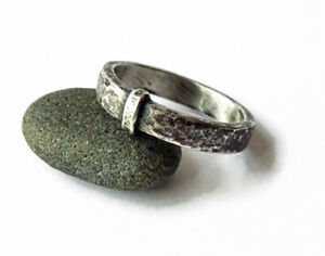 Blade & Bow - Outlander Wedding ring - Sporran Key Band - Solid Sterling replica
