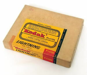 Kodak P1500 Lightning Pan-Press 12 Glass Film Plates, 3 1/4 x 4 1/4 Inch, Sealed