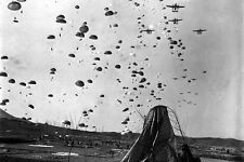 New 5x7 Korean War Photo: Paratroopers of the 187th Regiment Cut Off Retreat