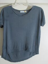 C&C California Women's  gray uneven hem T-Shirt scoop neck  Size XS NWT