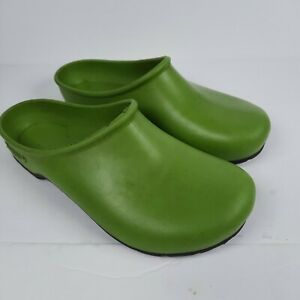 Sloggers Green Rubber Clogs Mules Slip On Shoes Women's Size 7 Made in USA