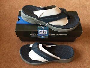 Mens Size Uk 9 Skechers Relaxed Fit  Flip Flops/ Sandal