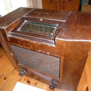 Philips 745U valve radio