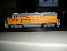 Union Pacific   GP40-2     gold series