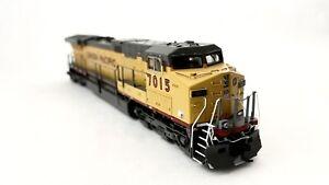 VTG HO SCALE UNION PACIFIC MODEL UP # 7015 DIESEL LOCOMOTIVE TRAIN ENGINE