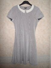 RIVER ISLAND BLACK & WHITE STRETCHY DRESS WITH PETER PAN COLLAR SIZE 12