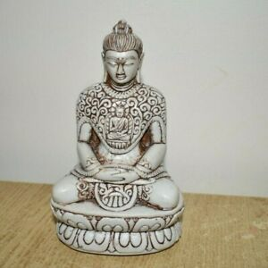 Meditating buddha statue 14 cm tallSitting Ornament Figure Figurine