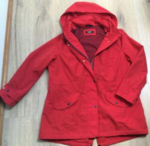 Walbusch Jacke Mantel Anorak Gr. 44/46 Kaputze rot wasserdicht Regenjacke Segeln