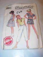 GIRLS CUT SIMPLICITY Sewing Pattern 6863 SHORTS CAPRI PANTS SKIRT SIZE 7 8 10
