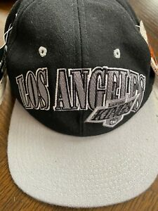 LOS ANGELES KINGS ~ Vintage 90s STARTER Wool Black Snapback LA NHL Hat Cap