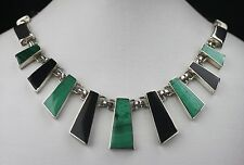 VINTAGE TM-153 MEXICAN STERLING SILVER MALACHITE AND ONYX ARTISAN NECKLACE 106g