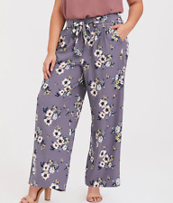 Torrid ~ GREY FLORAL CREPE WIDE LEG PANT ~ Size 2 ~ NWT