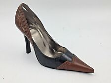 Bakers Black and Brown Genuine Leather Wingtip Shania Stilettos Heels size 7M B9