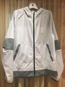 Lululemon Mens Actiwe Jacket with hood Sz XL White with grey trim Full zip