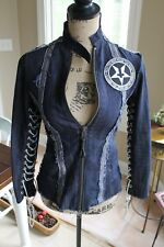 JUNKER DESIGNS WOMENS XS BLUE DENIM JACKET MOTLEY CRUE SMALL PETITE ROCK VINTAGE