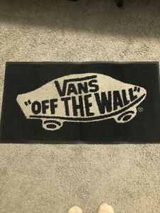 vans off the wall rug 18/35 Dimensions