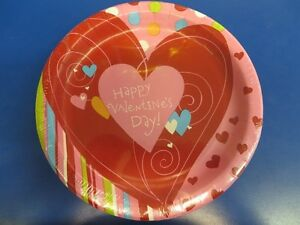 """Happy Heart Swirl Love Red Valentine's Day Holiday Party 9"""" Paper Dinner Plates"""