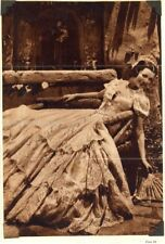 LORETTA YOUNG - MAGAZINE PHOTOGRAPH SIGNED