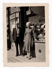 PHOTO ANCIENNE Métier 1956 Couple Commerce Boutique Photographe KODAK Vitrine