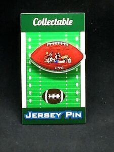 Chicago Bears lapel pin-Classic Collectible-Super Bowl Champions-DUH Bears!