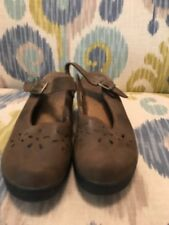 DR SCHOLL'S Sz 8.5 Brown Leather Open Back Maryjane Style Clogs