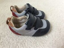 CLARKS FIRST SHOES BABY BOY GREY & NAVY PREMIUM ITALIAN LEATHER SIZE 3.5G