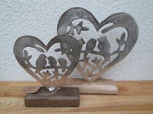 Aufsteller Vogel im Herz aus Metall auf Mangoholz Sockel Silber, Deko  Wohnen