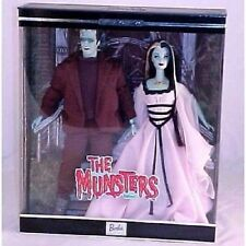 The Munsters Barbie & Ken Giftset – Barbie Doll – 2001 Rare Collectable