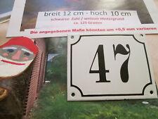 Hausnummer Emaille Nr. 47 schwarze Zahl auf weißem Hintergrund 12 cm x 10 cm